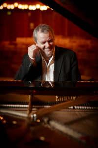 Niklas Sivelöv Solo Recital at Aaron Copland School of Music